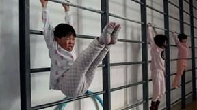 """Đột nhập """"lò khổ luyện"""" tạo ra nhà vô địch Olympic tương lai củaTQ"""