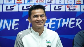 HLV Kiatisuk: Người Thái cũng chờ xem 'đại chiến' HAGL vs Hà Nội
