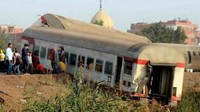 Ai Cập: Tai nạn tàu hỏa hơn 100 thương vong, 10 người bị bắt