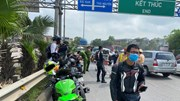 'Đón lõng' 9 xe phân khối lớn 'rít' trên cao tốc Hà Nội – Thái Nguyên