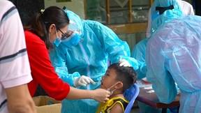 TP.HCM: Lấy mẫu xét nghiệm khẩn 150 người ở chung cư Tecco Linh Đông