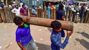 Covid-19: Ấn Độ vừa quay cuồng giữa bão dịch vừa lo dập thị trường chợ đen