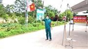 Người dân tình nguyện ra chốt chặn, bảo vệ mùa vải thiều Bắc Giang