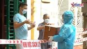 Người dân bị cách ly xúc động được bỏ phiếu tại nhà