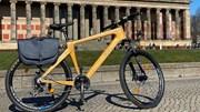 Chàng trai đưa xe đạp tre Made in Vietnam giá hàng trăm triệu vi vu trời Âu