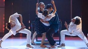 Việt Max, Hà Lê phấn khích trước màn nhảy kịch tính về bạo lực gia đình
