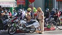 TP.HCM: Phạt hàng loạt vi phạm giao thông ngày giãn cách xã hội thứ 15