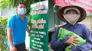 'Tủ lạnh công cộng' tặng nông sản cho người nghèo giữa mùa dịch