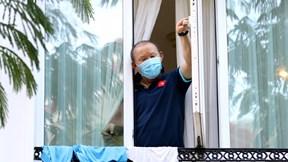 Tuyển Việt Nam cách ly thêm 7 ngày trong khách sạn ở TP.HCM