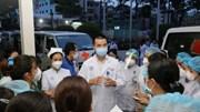 Nhân viên y tế Bệnh viện Chợ Rẫy khẩn cấp tham gia xét nghiệm Covid-19