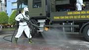 3 xe chuyên dụng phun khử khuẩn Trung tâm Báo chí TP.HCM
