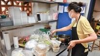 Làm đồ ăn truyền thống HN bán online: Ngày chốt trăm đơn, thu 15-20 triệu