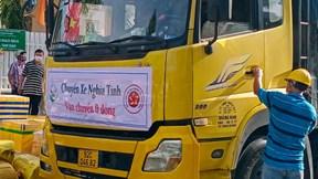 'Chuyến xe yêu thương 0 đồng' từ Quảng Nam vào thẳng tâm dịch TP.HCM