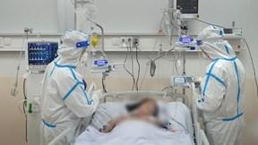 Bên trong khu cấp cứu bệnh nhân Covid nặng, nguy kịch lớn nhất TP.HCM