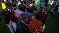 Hỗn loạn trong tang lễ cố TT Moise, đệ nhất phu nhân Haiti kêu gọi công lý