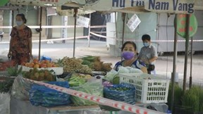 Vừa mở trở lại, chợ Bình Thời tiếp tục đóng cửa vì 9 ca dương tính nCoV