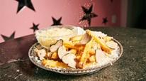Có gì ở đĩa khoai lang chiên đắt nhất thế giới, giá gần 5 triệu?