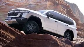 Công nghệ off-road đỉnh cao mới trên Toyota Land Cruiser GR Sport 2022