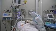Cận cảnh y bác sĩ 'kín mít' trực xuyên đêm điều trị bệnh nhân Covid-19