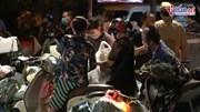 'Chợ' Hà Nội mua bán lúc 0h để tránh chốt kiểm dịch