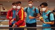 Văn Lâm 'tay bắt mặt mừng' khi hội ngộ HLV Park, Quế Ngọc Hải, Tiến Linh