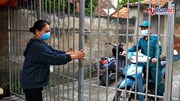 Xã ở Hà Nội dựng 35 cổng có khóa, lập chốt 'mềm' phòng chống Covid-19
