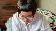 Muôn kiểu con cái nhà sao Việt khai giảng online