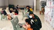 Những gia sư đặc biệt tại lớp học dã chiến