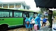 Người dân ở điểm dịch lớn nhất Hà Nội trở về nhà sau đợt cách ly