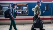 Chuyến tàu khách Bắc – Nam rời ga Hà Nội, người dân háo hức về nhà
