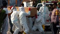Covid-19: Bỏ xét nghiệm miễn phí, số ca nhiễm tại Pháp tăng vọt
