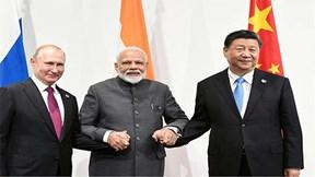 Thế giới 7 ngày: TQ bắt tay với Nga, căng như dây đàn với Mỹ, Ấn Độ